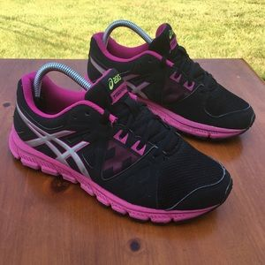 Asic training sneakers size 10